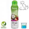 Shampoing naturel nettoyant Tropiclean Fruits Rouges Noix de Coco - chien & chat
